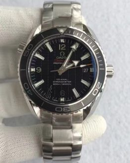 Omega Seamaster 007 James Bond