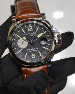 Panerai Luminor gmt silver seconds